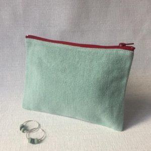 boucle d'oreilles et trousse lin vert d'eau - idée cadeau saint valentin - lilimargotton béatrice balivet