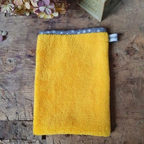 gant eponge de bambou lilimargotton jaune maïs