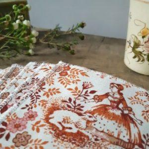 lilimargotton-e-shop-lingette-leontine-bergere-toile-de-jouy-marron-orange.